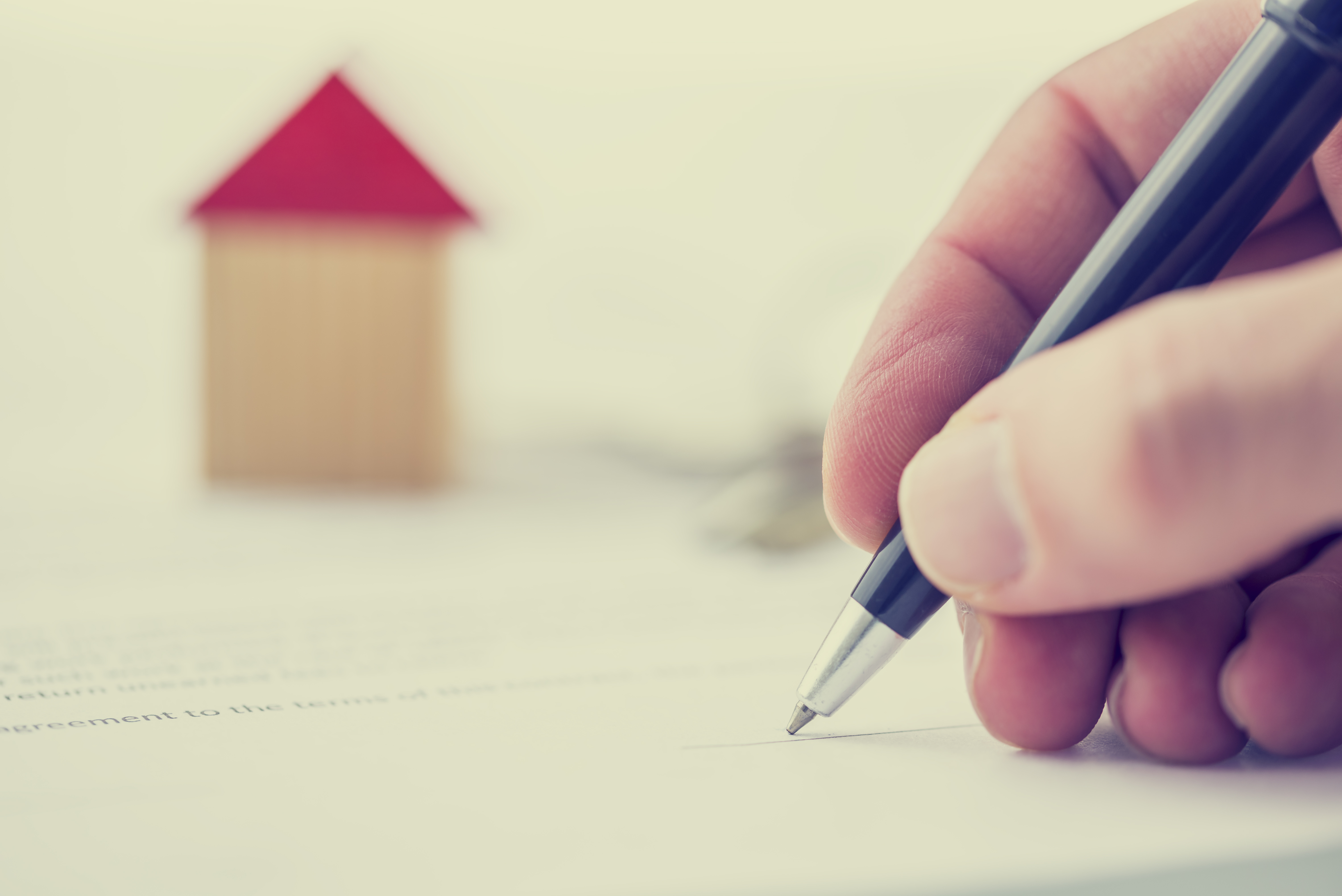 Record low mortgage rates continue through summer